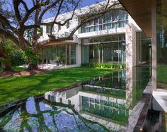 The architectural design of this modernist house in Florida was inspired by one of the first pieces of Architecture that ever made an impression on William Taylor, Architect. Florida Design, Florida Style, Luxury Interior, Interior Architecture, Coastal Living, Interior Design Inspiration, Hammock, Design Projects, Exterior