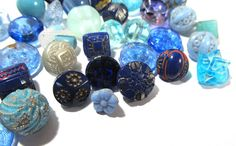 VINTAGE Blue Glass Diminutive Buttons Forty 40 by punksrus on Etsy