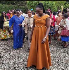 Simple ruracio attire Our Wedding, Dream Wedding, African Wedding Attire, Traditional Wedding Attire, African Traditional Dresses, Language Activities, African Design, African Wear, African Fashion Dresses