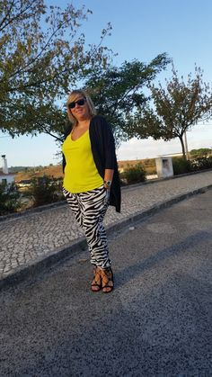 Mary's Big Closet: Yellow & Zebra