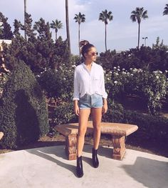 """""""You got million dollar goals, but your work ethic's a penny"""" 💡 Winter Outfits, Summer Outfits, Winter Clothes, Tessa Brooks, Ankle Sneakers, Celebs, Celebrities, Amazing Women, Casual Wear"""
