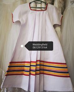 Pedi Traditional Attire, Sepedi Traditional Dresses, African Traditional Wedding Dress, Traditional African Clothing, Traditional Wedding Attire, African Dresses For Kids, African Fashion Skirts, African Outfits, African Print Fashion