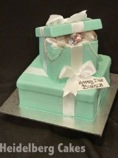 Girls Cake and 23