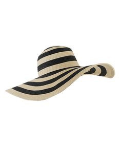 love the bulls eye pattern on this floppy hat