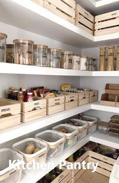 Küche Kitchen Pantry Organization Ideas Tips For Choosing The R Kitchen Pantry Design, Kitchen Island Decor, Diy Kitchen, Kitchen Pantries, Kitchen Islands, Kitchen Interior, Pantry Interior, Mason Jar Kitchen Decor, Kitchen Cabinets