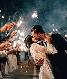 https://www.sparklers.us/sparklers/wedding-sparklers-36/?sku=SKU-5A992172&gclid=EAIaIQobChMIrYq1rru62gIVFMpkCh2M9gOYEAYYBCABEgI1efD_BwE