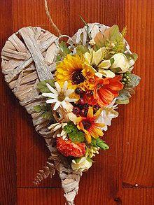 Dekorácie - Srdce v jesenných so slnečnicou 28cm - 9618627_ Grapevine Wreath, Grape Vines, Jar, Wreaths, Home Decor, Decoration Home, Door Wreaths, Room Decor, Vineyard Vines