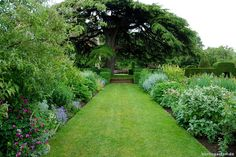 Hidcote Manor Garden.
