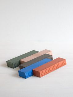 UKKO 5Days Edition - Concrete Paperweight with linear function