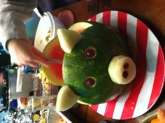 Watermelon bowl for a pig roast! Pig Roast Party, Pig Party, Chili Dip, Guacamole Dip, Feta Dip, Watermelon Boat, Pig Pickin, Pig Cookies, Veggie Art