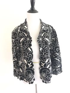 Chicos Size 2 Cutout Embroidered Floral Open Blouse Collar Linen Top Black #Chicos #Embroidered