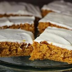 Paul''s Pumpkin Bars Recipe A homemade pumpkin sheet cake topped with cream cheese icing that will feed a crowd. Everybody loves them! Pumpkin Sheet Cake, Pumpkin Bars, Pumpkin Squares, Pumpkin Dip, Spiced Pumpkin, Pumpkin Cupcakes, Pumpkin Dessert, Pumpkin Spice, Cheese Pumpkin