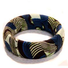 "Bracelet ""Wax'up!"" tissu africain wax bleu : Bracelet par kabako"