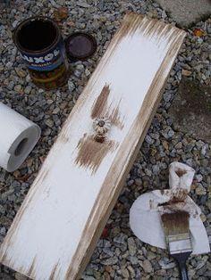 u morkusovic: Návod na patinování alá morkusovic Painting On Wood, Decoupage, Diy And Crafts, Handmade, Vintage, Home Decor, Boho, Ideas, Kitchen Dining Rooms