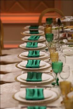 Dazzle your Wedding guests with elegant table settings and first class service. #BellaBlanca For Reservations Call - (818) 669-2222 www.bellablancanoho.com