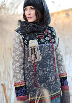 """""""Sparkle"""" lambswool sweater – SALE - Sweaters & cardigans – GUDRUN SJÖDÉN – Webshop, mail order and boutiques Ethnic Fashion, Boho Fashion, Fashion Outfits, Colourful Outfits, Trendy Outfits, Winter Typ, Gudrun, Bohemian Mode, Sweater Sale"""