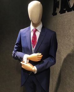 Nos encanta este Chaque 😱👏🏻 #lubiam #flirt #pertini #gierre #gierrremilano #marcopascali #ceremonia #chaque #gala #eventos #wedding #novios #boda #premium #highquality #madeinitaly #frankchicos #ourense #galicia #vigo #coruña #santiago #menswear #menstyle #mensfashion #shopping #suit #fashion #elegant #gentleman