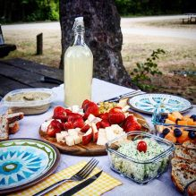 Fresh lemonade - perfect for a summer picnic Summer Picnic, Lemonade, Fresh, Table Decorations, Dinner Table Decorations