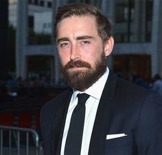 19 Of The Most Breathtaking Celebrity Beard Transformations Ever /// also love lee pace (pushing daises)