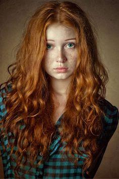 Long Red Curly Hair Styles for 2017 - Styles Art Hair Colour For Green Eyes, Shades Of Red Hair, Green Hair, Red Hair Green Eyes Girl, Hair Colors, 50 Shades, Beautiful Red Hair, Gorgeous Redhead, Beautiful Eyes