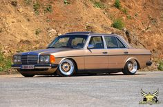 Mercedes Benz W123 200D on BBS RS on air