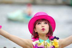 昭和の日に平成最後の「Tip-Topイースター」を観てきた。場所によっては開始直前でも場所空いてたね。 - TDSで綺麗なお姉さんを撮ってる人のなんちゃら Theme Park Outfits, Tokyo Disney Sea, Warrior Girl, The Magicians, Carnival, Dancer, Actors, Celebrities, Sexy