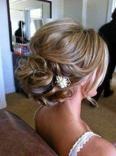 Bridal Updo Hairstyle #wedding #updo #hairstyles weddinghairstyle #weddinghair #bridalhairstyle #hairideas #weddingupdo