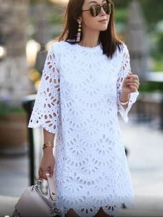 Womens Fashion - Now this is easy like Sunday mornings. Our style partner fitfabfunmom in the Scallop Eyelet Shift Dress. Shift Dresses, Dresses For Work, Summer Dresses, Modest Fashion, Fashion Outfits, Dress Fashion, Fashion Hacks, 80s Fashion, Korean Fashion