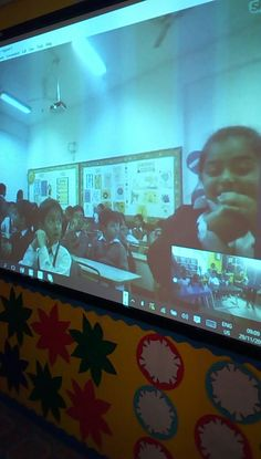 Tajirinere Boyo @coco_teejay Skype session with miss Namrata 'class in Kota, India. #SkypeaThon @MSFT_EDUNigeria @SkypeClassroom