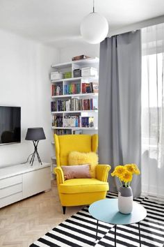 Wohnzimmer von Dziurdziaprojekt - Kaitlyn O Neil - Wohnzimmer Ideen - - New Ideas Living Room Chairs, Home Living Room, Living Room Decor, Bedroom Decor, Dining Chairs, Strandmon Ikea, Interior Design Living Room, Living Room Designs, Living Room Inspiration