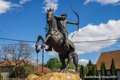 Honfoglalás-emlékmű - Vecsés (Böjte Horváth István, 2008) | Köztérkép Hungary, Statue Of Liberty, Europe, Horses, Travel, Animals, History, Statue Of Liberty Facts, Viajes