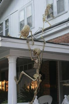 Really clever Halloween decorating idea