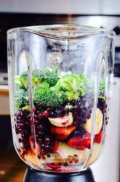 Broccoli & Fruit Smoothie