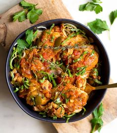 Slow Cooker or Instant Pot Chicken Cacciatore - Wholesomelicious Slow Cooking, Slow Cooked Meals, Slow Cooker Recipes, Pressure Cooking, Crockpot Ideas, Cooking Ideas, Food Ideas, Cooking Recipes, Appetizers