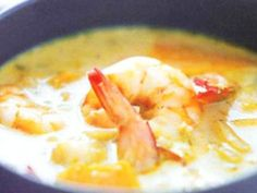 Hot Thai Shrimp Soup with Red Curry Grilled Seafood, Seafood Pasta, Seafood Recipes, Appetizer Recipes, Soup Recipes, Thai Shrimp Soup, Curry Shrimp, Thai Soup, Chowder