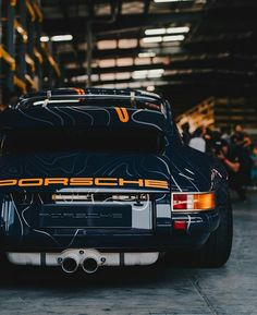 Luxury Lifestyle: 30 Most Exclusive and Unique Products You Must Have Porsche is a luxury car brand. Take a look to the new Porsche 935 and see another most famous models to improve your luxury lifestyle. Porsche 964, Porsche Carrera, Porsche Cars, Porsche 911 Singer, Singer 911, Porsche 911 Speedster, Porsche Classic, Classic Cars, Vintage Porsche