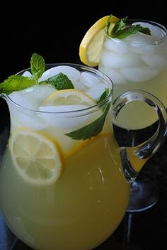 one of my fav summer drinks - mint lemonade ........................................ Israeli recipes / Israeli cuisine / Israeli food / Cooking / Tsipi Pichovich / BBQ / Beverages / Breakfast / Brunch / Cheap recipes / Easy recipes / For Kids / Kosher / Make ahead / Middle East recipes / No carb / No cook / Parve / Quick recipes / Vegetarian  ..................................... לימונענע עם קרח