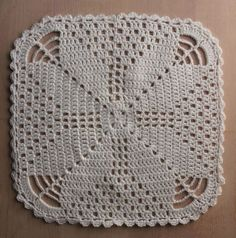 Karen Klarbæks World: Crochet doily with star . and more napkins on the way . Crochet Square Patterns, Crochet Blocks, Crochet Chart, Crochet Squares, Thread Crochet, Filet Crochet, Crochet Motif, Crochet Designs, Crochet Doilies