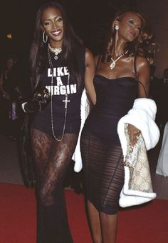 Naomi Campbell and Iman in dolce & gabbana #peakblackness