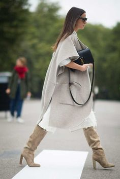 Milan Fashion Weeks 614248836649963493 - Pin for Later: All the Best Street Style From Milan Fashion Week London Fashion Week, Day 4 Zina Charkoplia wearing Tibi. Source by fatimatapatra Street Style 2016, Looks Street Style, London Fashion Weeks, Mode Outfits, Fashion Outfits, Fashion Trends, Fashion Mode, Modest Fashion, Chic Outfits
