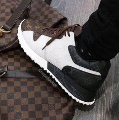 0dde312e665b 1187 Best shoes DM images in 2019