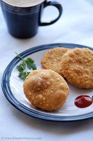 Blend with Spices: Pyaz Ki Kachori Recipe - Onion Kachori Recipe - How to make Pyaaz Kachori Indian Snacks, Indian Food Recipes, Vegetarian Recipes, Indian Appetizers, Appetizer Recipes, Snack Recipes, Cooking Recipes, Tea Time Snacks, Indian Dishes