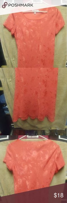 Coral pink Dress Beautiful, dressy coral, pink dress, lined. EUC a beautiful dress for Easter. At the knee Dress Barn Dresses Midi