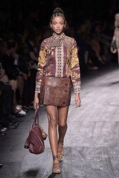 Valentino-Paris Fashion Week Spring 2016Runway