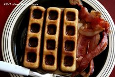 24/7 Low Carb Diner: Sweet Bacon Waffle Sticks