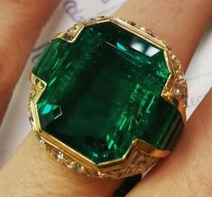 Gothic Jewelry Stores Near Me up Vintage Rose Gold Emerald Ring Rose Gold Emerald Ring, Emerald Jewelry, Diamond Jewelry, Jewelry Rings, Mens Emerald Rings, Fine Jewelry, Jewellery Box, Emerald Cut, Large Wedding Rings