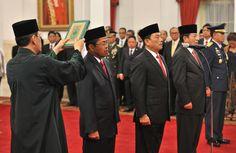 MEDIA HUKUM INDONESIA: Pelantikan Menteri Kabinet Kerja Sisa Masa Jabatan...