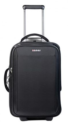 The first luggage of its kind, this bag features the ECBC FastPass® System allowing you to unzip the specialized electronics compartment, lay the bag flat on the security conveyer and go through TSA without unpacking laptop, tablet and cables.