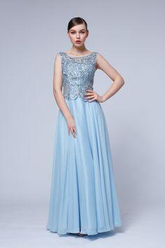 šaty pre zimný typ Bridesmaid Dresses, Wedding Dresses, Salons, Formal Dresses, Fashion, Bridesmade Dresses, Bride Dresses, Dresses For Formal, Moda
