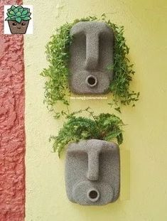 DIY Concrete Planters, Ideas for Outdoor Home Decorating with Flowers – Diy Crafts Plastic Bottle Planter, Plastic Bottle Crafts, Plastic Bottles, Garden Crafts, Diy Crafts, Diy Concrete Planters, Outdoor Planters, Beton Diy, Warm Home Decor